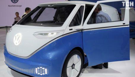 Легендарный минивэн Volkswagen превратили в электрический беспилотник