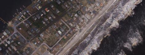 """До и после """"Флоренс"""". Как с высоты выглядят жуткие последствия урагана, похоронившего улицы и острова"""