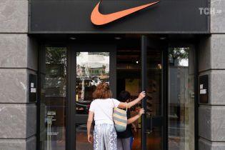 Nike хочет засудить одесских предпринимателей за торговлю поддельными кроссовками