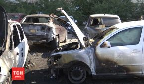Підпал автомобілів у Києві: займання почалось з машини активіста