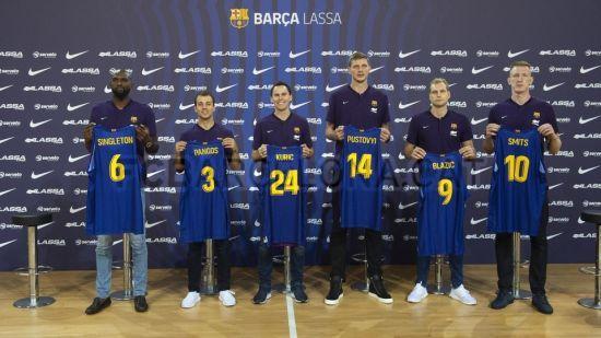 """""""Барселона"""" офіційно представила українця"""