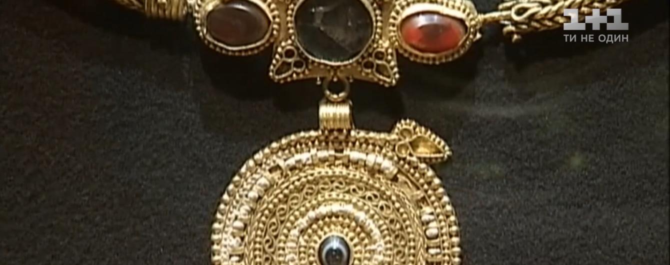 """""""Украденное"""" скифское золото нашлось в музее в Амстердаме. Кому выгодны фейки и почему такая секретность"""