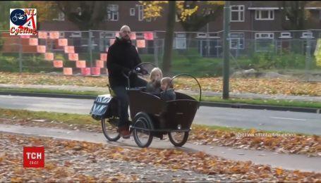 На железнодорожном переезде в Нидерландах через поезд погибли четверо детей