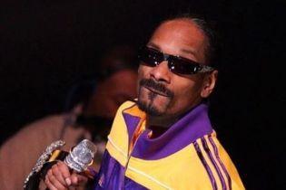 """Рэпер Snoop Dogg """"послал"""" Канье Веста и всех сторонников Трампа"""