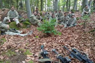 """Українські десантники без єдиного пострілу """"захопили"""" штаб американських військових на навчаннях Saber Junction"""