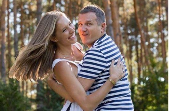 Щасливі разом: Осадча та Горбунов показали родину ідилію