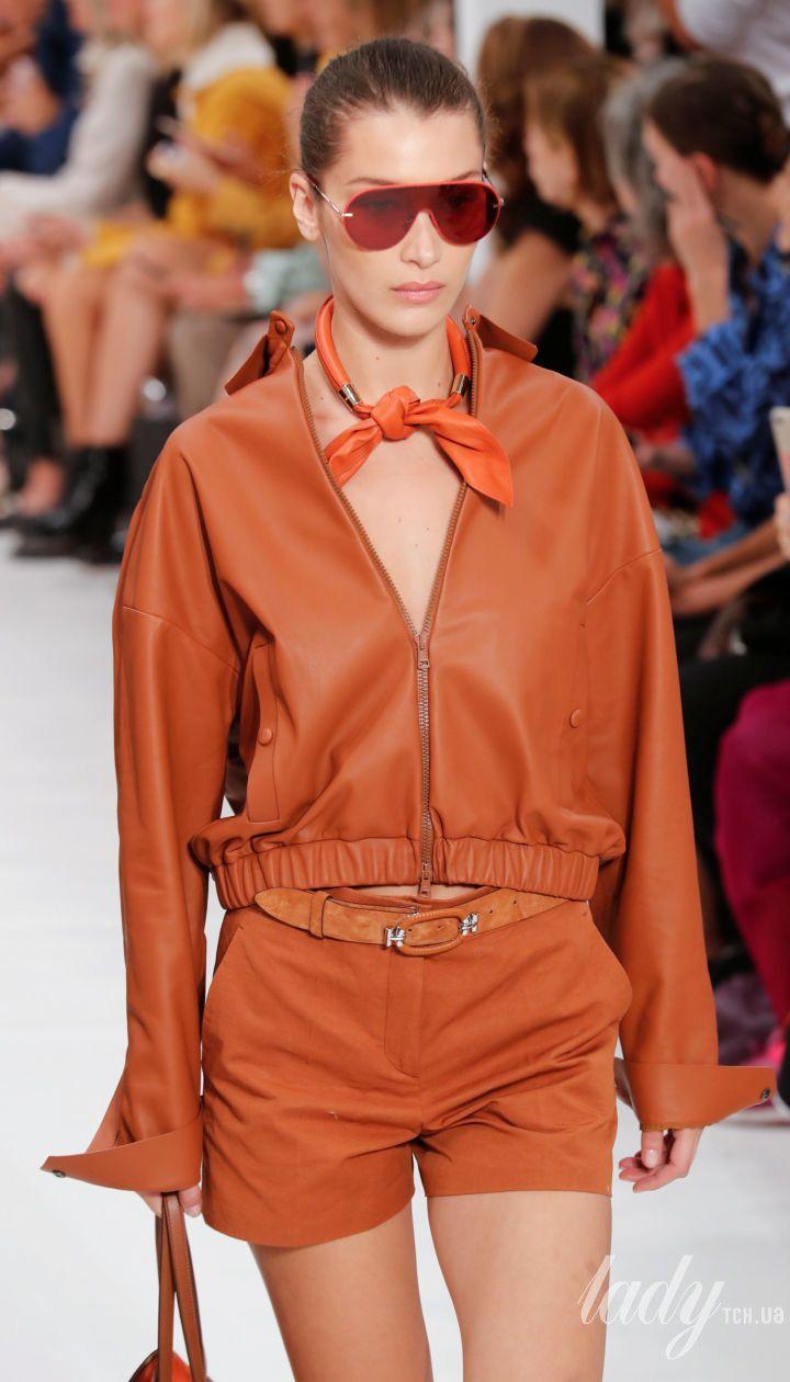 Неудачный образ Джиджи и стильная Белла: сестры Хадид на Неделе моды в Милане