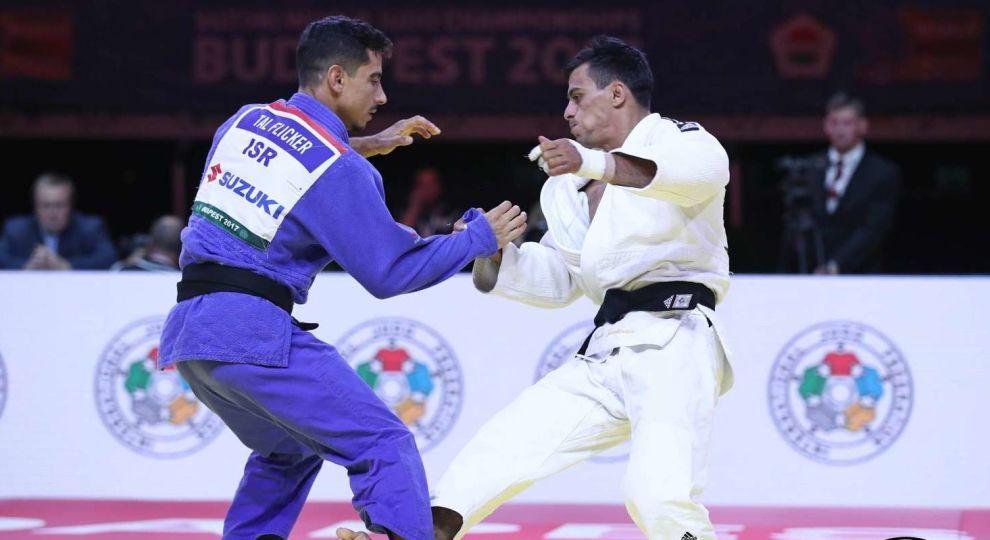 Зантарая завоевал медаль чемпионата мира в Баку