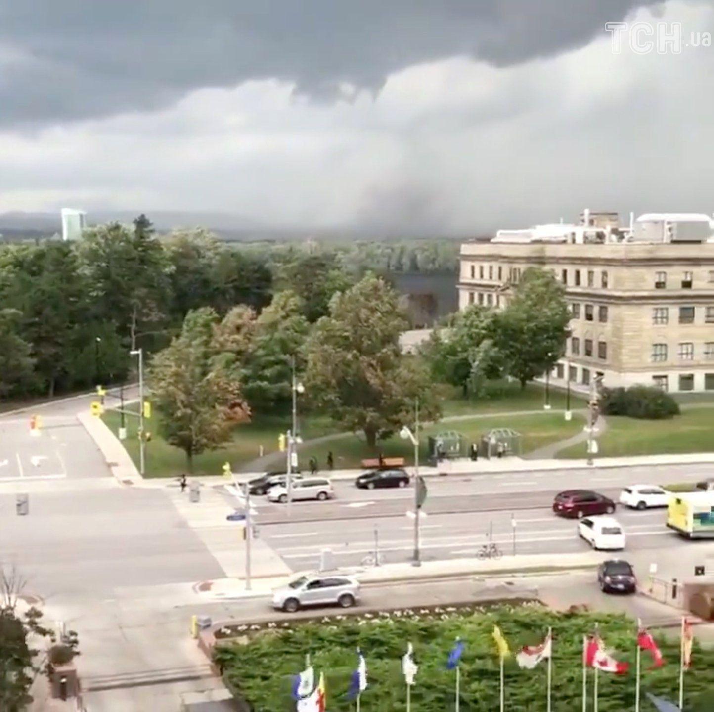Торнадо в Канаді_2