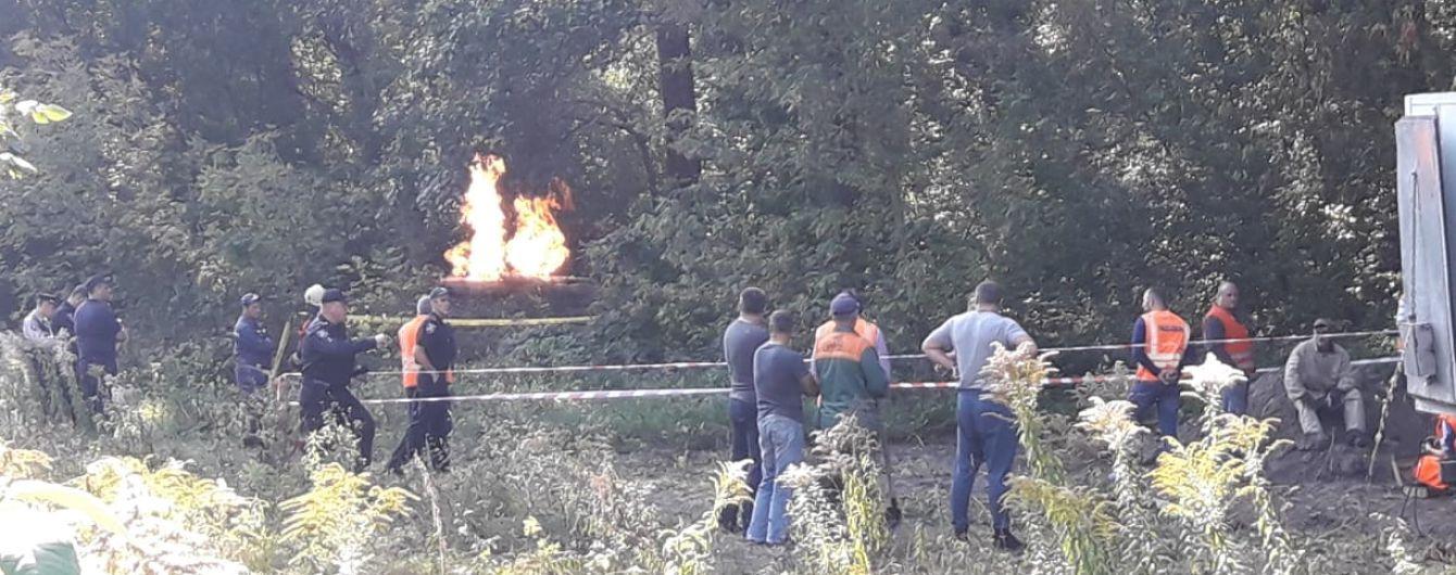 У Сумській області стався прорив газопроводу. Полум'я сягало верхівок дерев