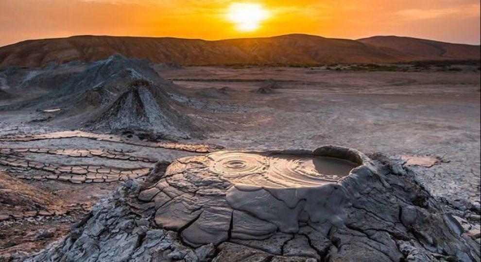 В Баку сталося виверження гразьового вулкана