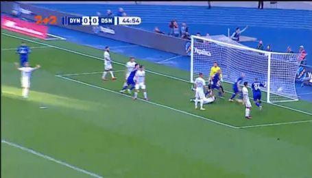 Динамо – Десна – 1:0. Видео гола Бурды