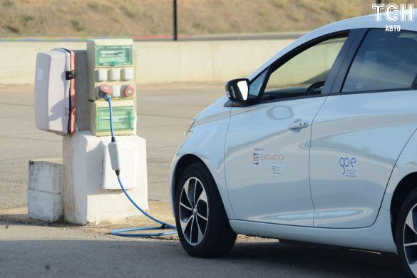 зарядка для электрокара, электромобили, зарядка для електрокара, ЕЗС