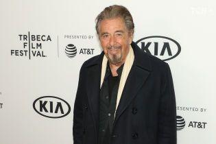 78-летний Аль Пачино завел роман с актрисой вдвое младше него - СМИ