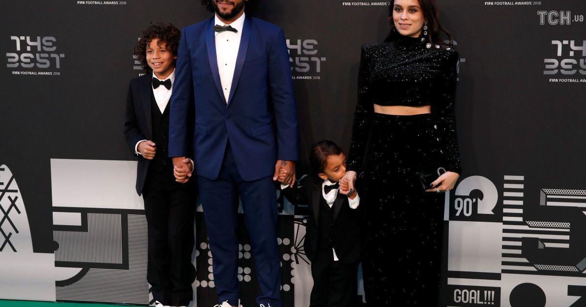 """Футболіст """"Реала"""" Марсело із сім'єю"""