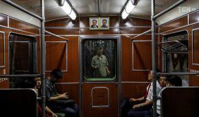 Династія: як в КНДР вшановують померлих північнокорейських диктаторів