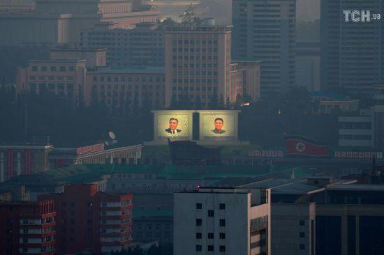 """У КНДР провели нове випробування """"високотехнологічної зброї"""""""