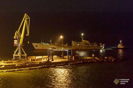 Бойове завдання виконане на 100 %: речник ЗСУ ВМС прокоментував похід українських суден до Маріуполя