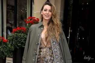 В платье Dior и туфлях с шипами: Блейк Лайвли приехала на Парижскую неделю моды