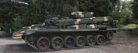 """В """"Укроборонпромі"""" показали новий броньовик """"Лев"""", який вже готовий до серійного випуску"""
