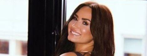 Співачку Демі Ловато вперше після передозування заскочили на публіці
