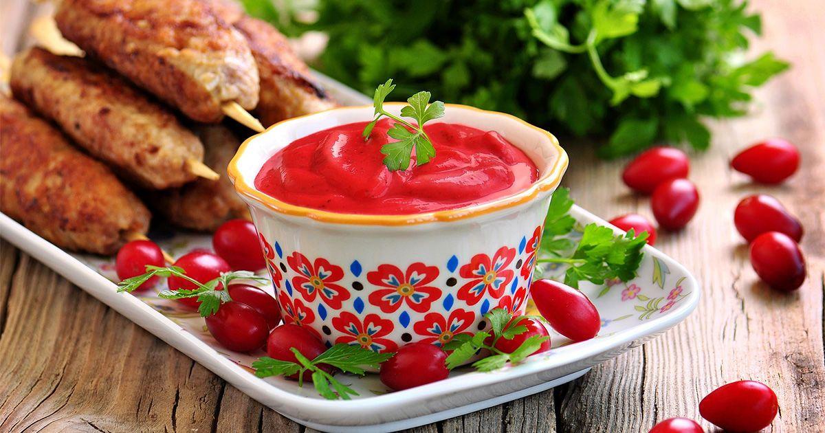 Сезонный соус из кизила