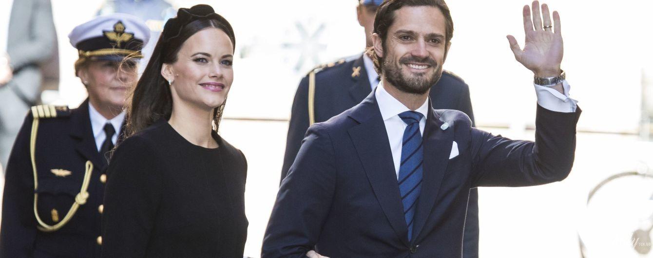 В интересном платье и лаковых туфлях: принцесса София с мужем вышли на публику