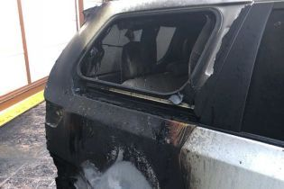 Под Одессой неизвестные подожгли авто депутата облсовета