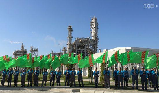 У Туркменістані вперше за 26 років стануть платними газ, вода та електроенергія