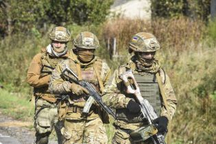 Люди зі зброєю та перекриті дороги: у Міноборони пояснили, що відбувається біля Буковеля