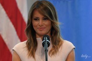В красивом платье и питоновых лодочках: Мелания Трамп в эффектном образе на приеме первых леди