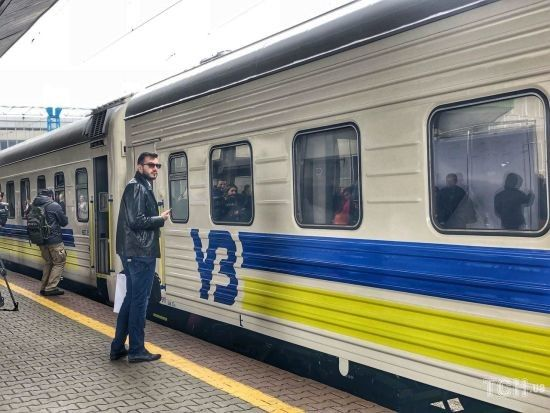 """Поїзд """"чотирьох столиць"""" може поповнитися п'ятою вже навесні - Кравцов"""