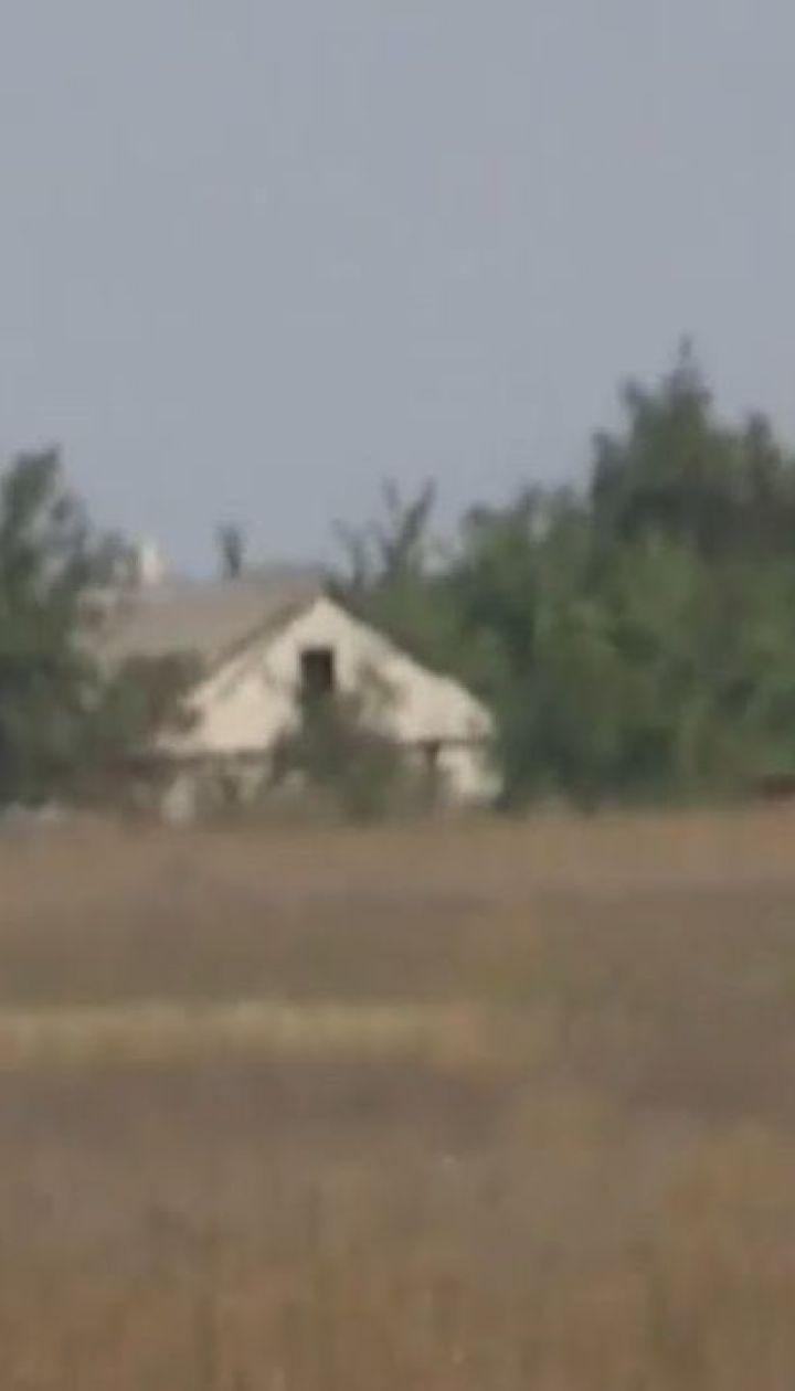 Село на Приазов'ї бойовики перетворили на укріпрайон та під час атак прикриваються місцевими