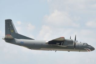 """Екс-голова американської приватної військової компанії хотів придбати в Україні літаки """"Ан"""" - ЗМІ"""