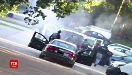 В Нидерландах полиция арестовала экстремистов, готовивших нападение в людном месте
