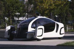 Японцы создали концептуальный электромобиль из пластика