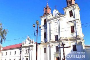 На Івано-Франківщині сталася бійка за приміщення церкви Московського патріархату