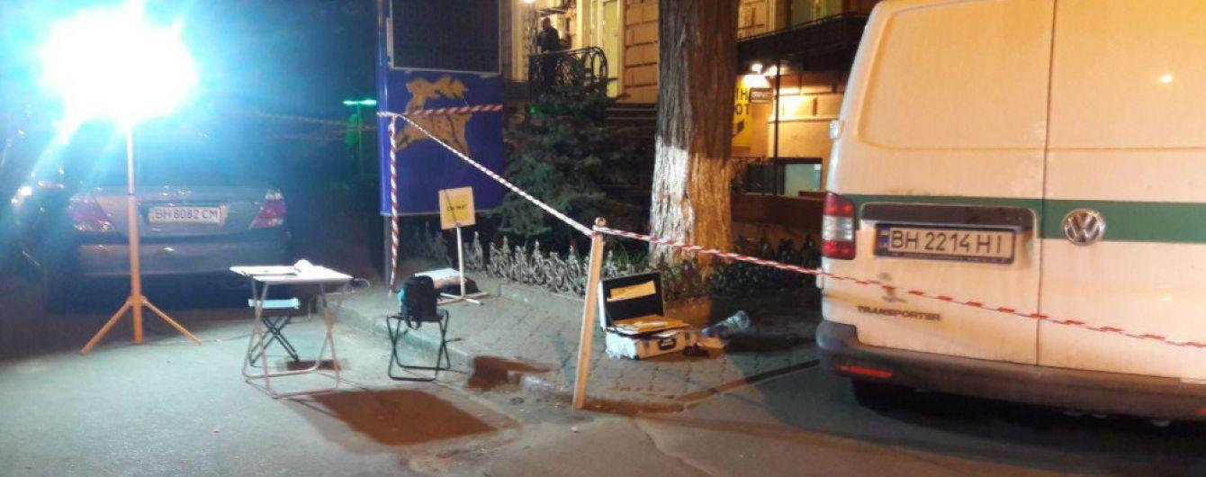 У Мережі з'явилося відео збройного нападу на інкасаторів в Одесі