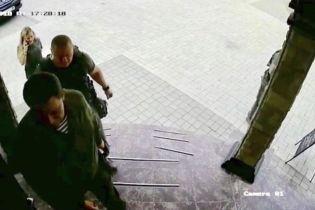В Інтернеті з'явилися останні кадри живого Захарченка