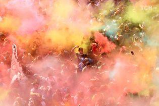 Цветные беспорядки: в Барселоне подрались полиция и сторонники независимости Каталонии
