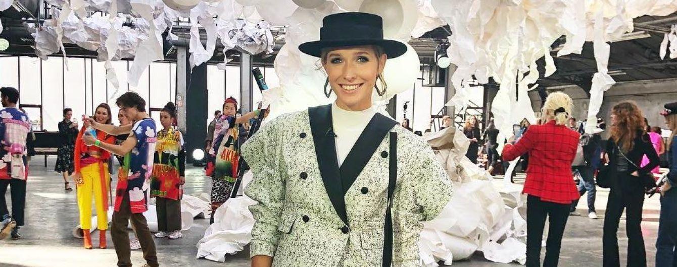Выглядит эффектно: стильная Катя Осадчая на Неделе моды в Париже