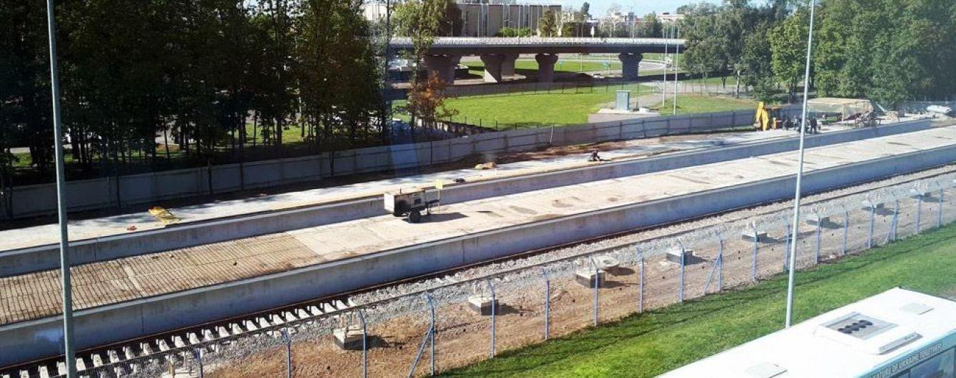 """У """"Борисполі"""" побудували платформи на кінцевій зупинці залізничного сполучення із Києвом"""