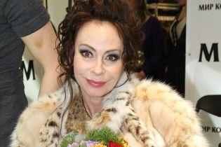 Певицу Марину Хлебникову госпитализировали после трагической смерти экс-мужа