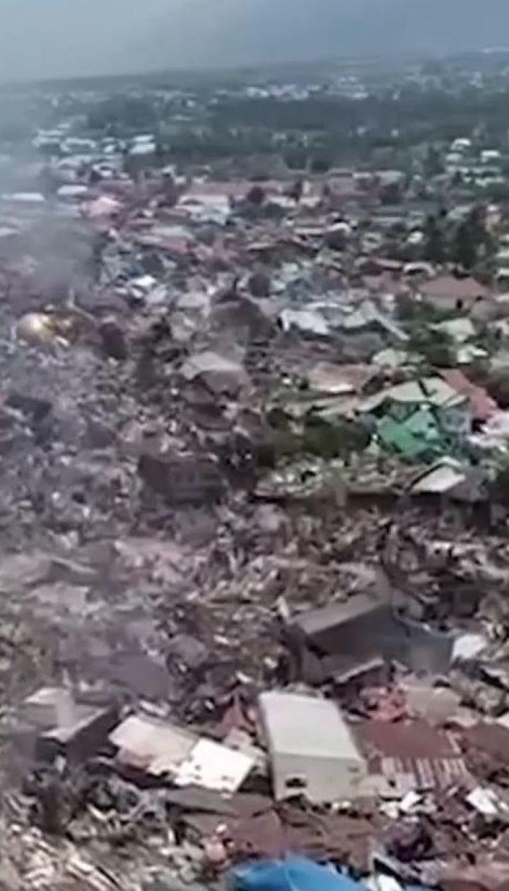 1200 человек стали жертвами убийственного землетрясения и цунами в Индонезии