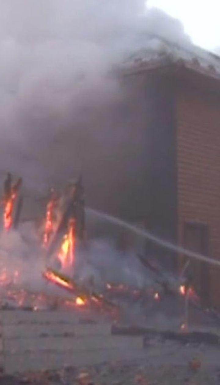 Двое иностранцев пострадали в пожаре в отеле на Львовщине