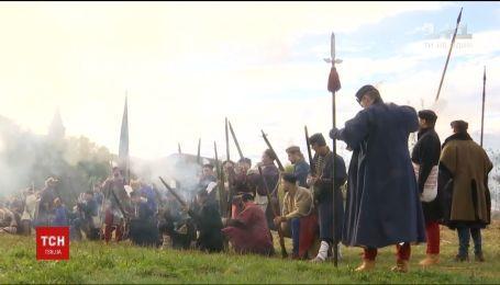 В Каменец-Подольской крепости реконструировали битву времен Речи Посполитой