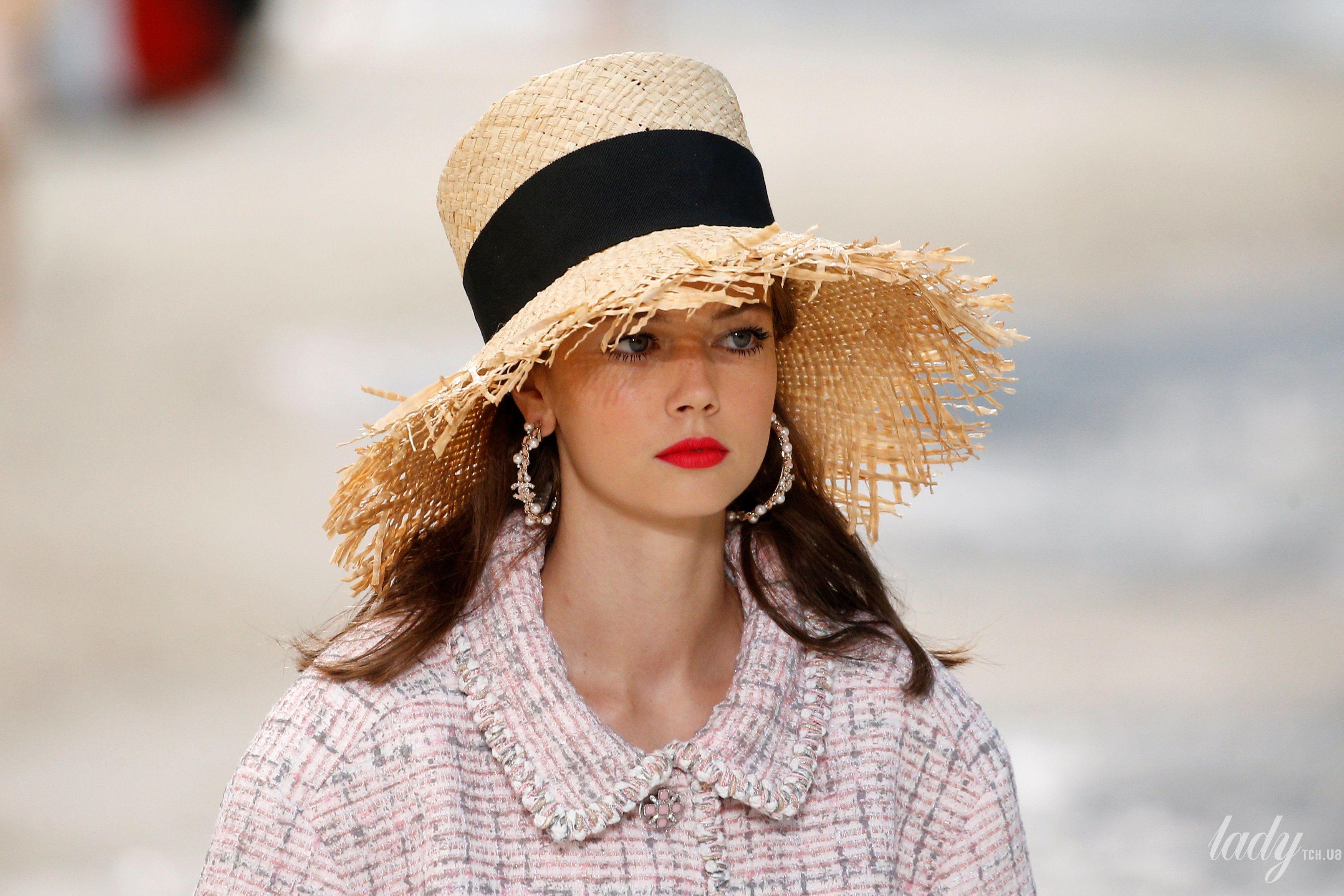 Коллекция Chanel прет-а-порте сезона весна-лето 2019_11