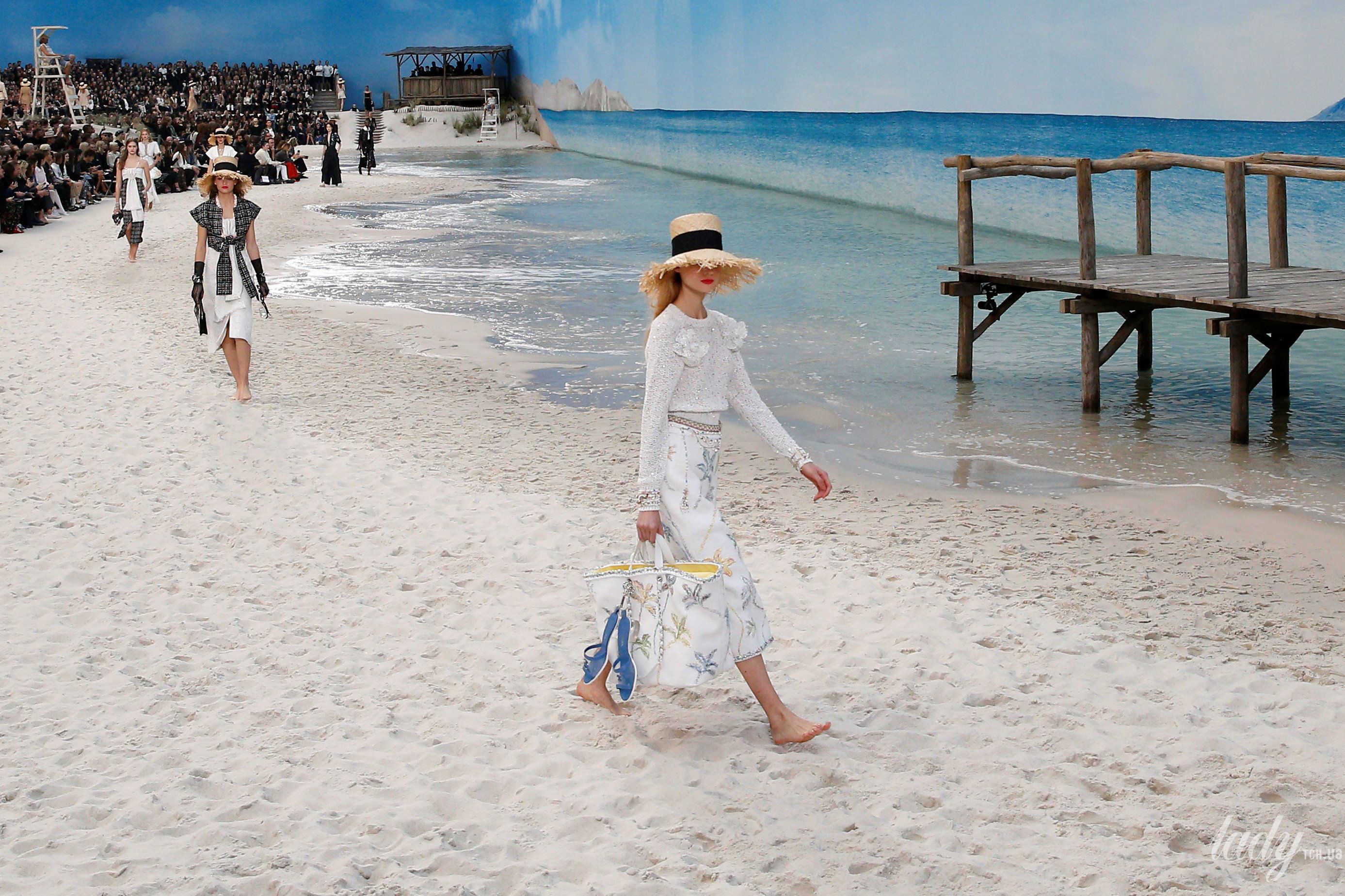Коллекция Chanel прет-а-порте сезона весна-лето 2019_31