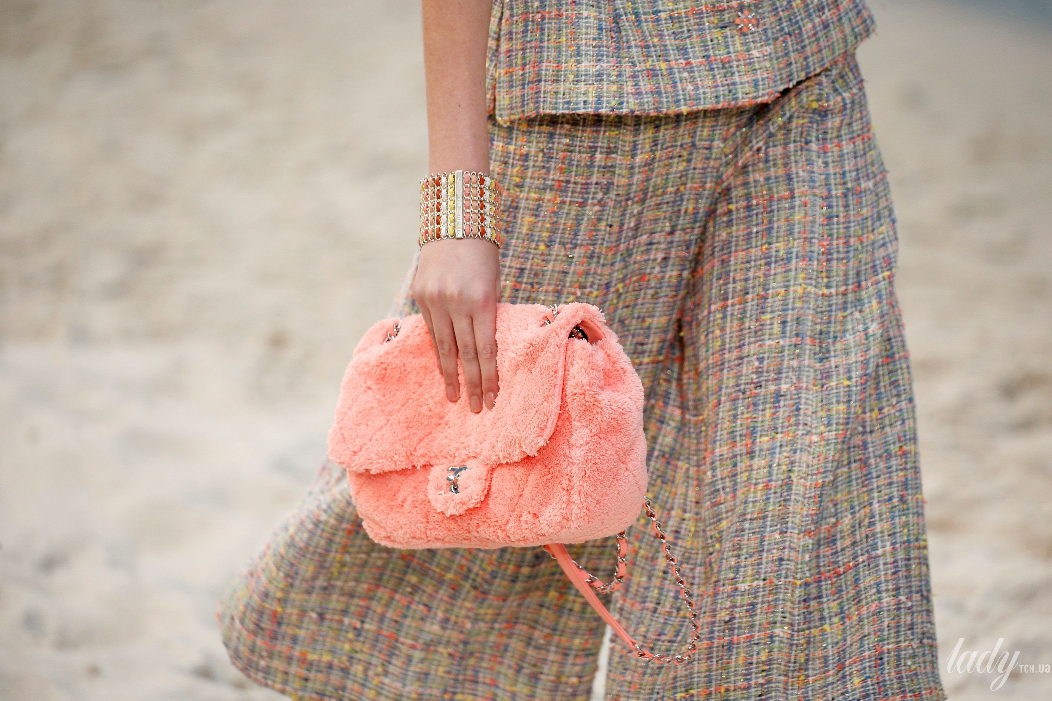 Коллекция Chanel прет-а-порте сезона весна-лето 2019_36