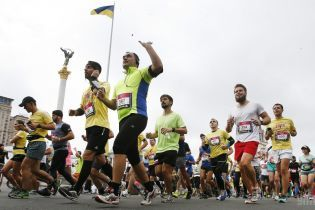 Киев готов к воскресному марафону и вызванных им пробкам